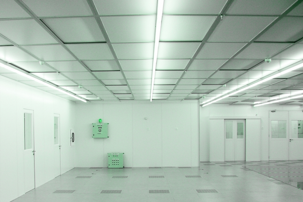 Basics of Determining Cleanroom Lighting