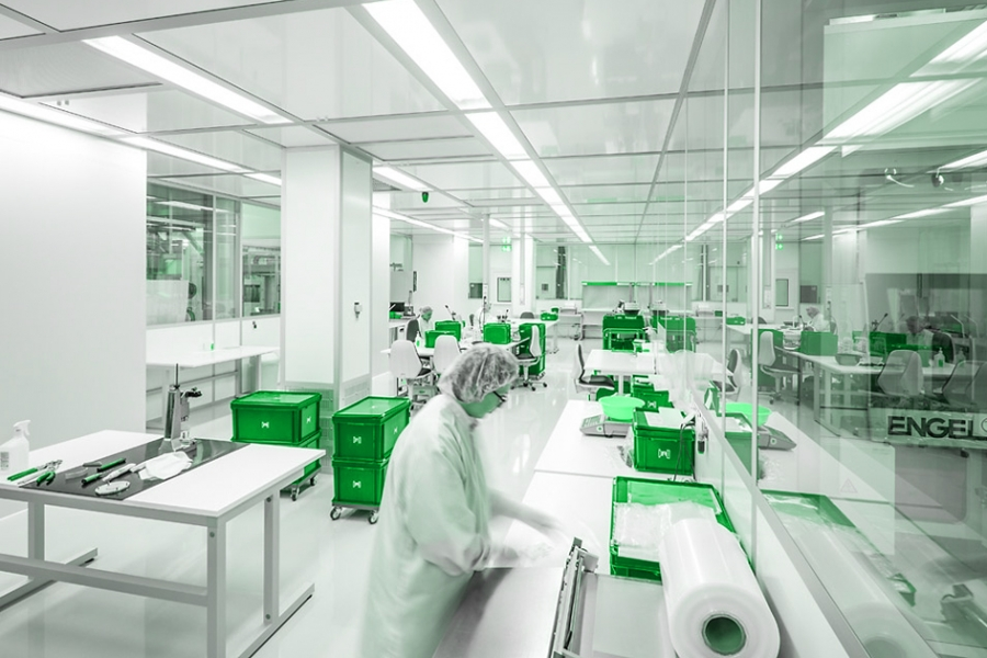 Cleanroom Control and Maintenance