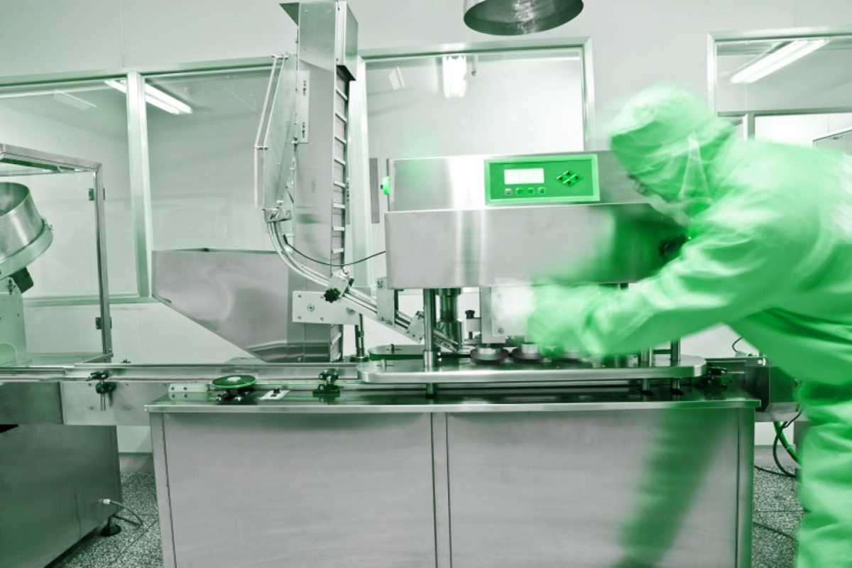 Who uses Cleanroom?